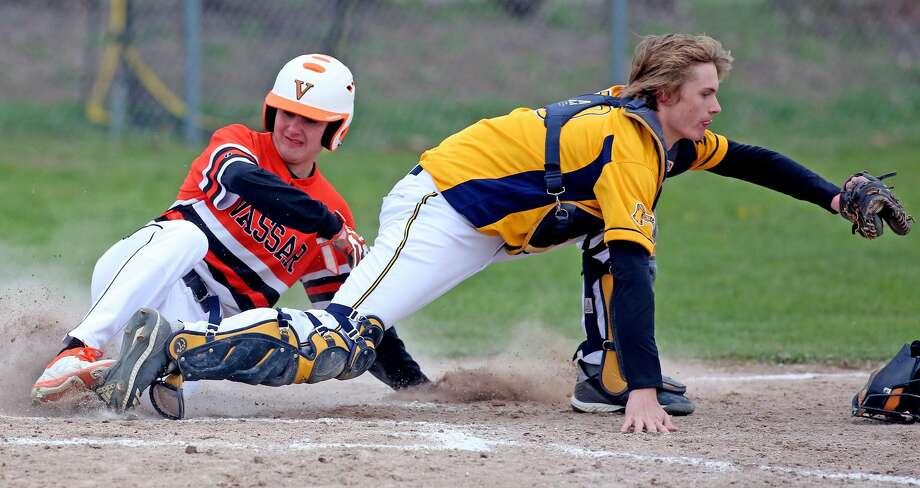 Vassar at Bad Axe — Baseball Photo: Paul P. Adams/Huron Daily Tribune