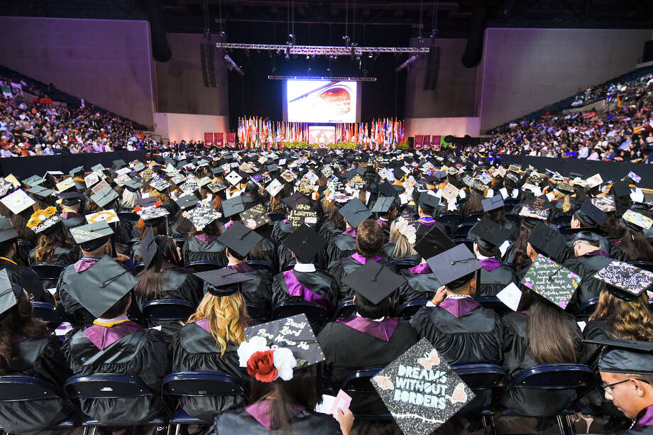 Students and faculty participate in TAMIU's Spring 2019 Commencement ceremony on Wednesday, May 8, 2019, at the Sames Auto Arena. Photo: Danny Zaragoza / Laredo Morning Times