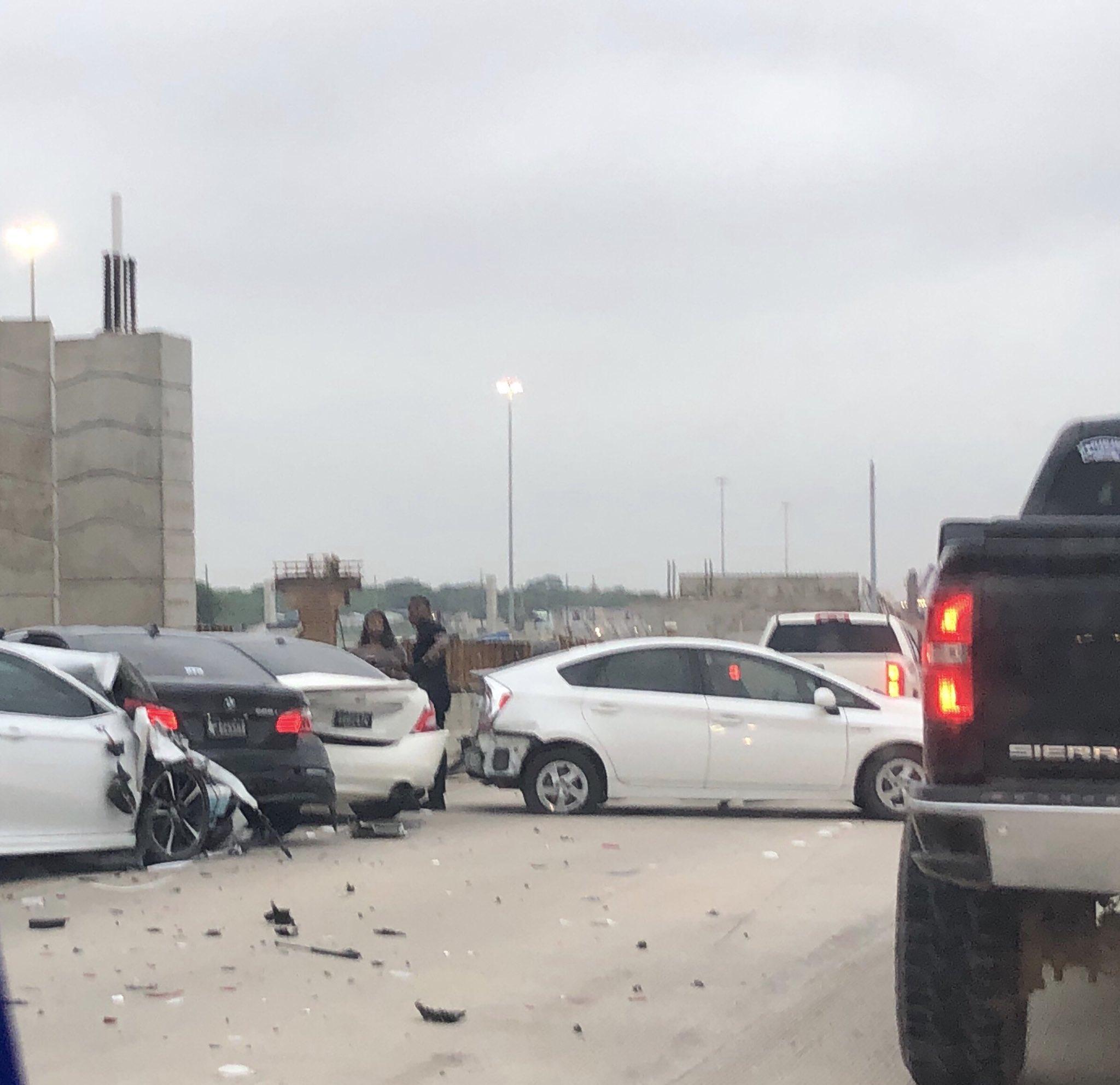 Four-car Crash Closes Northbound Highway 288 Near Beltway