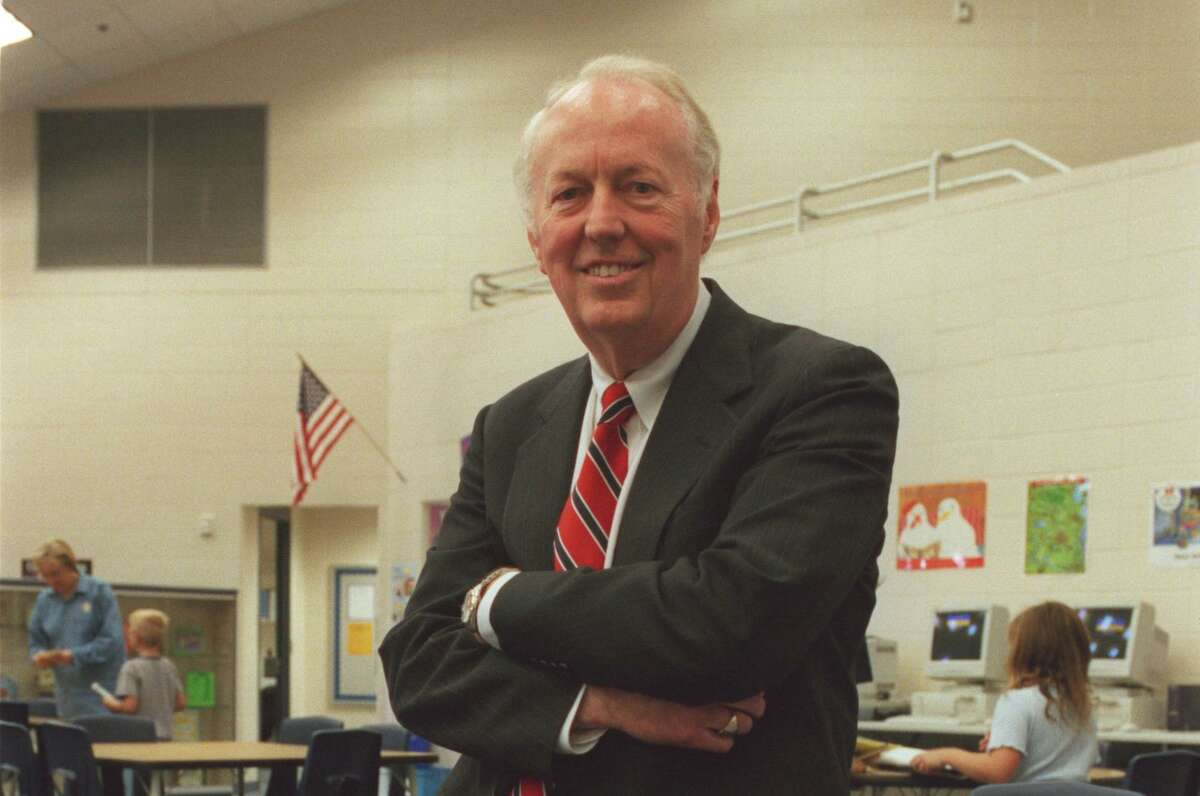 Don Collins, the former superintendent of the Klein died at age 83.