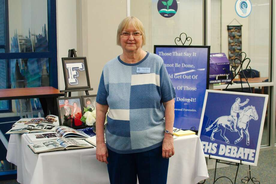 Friendswood Fine Arts teacher Cheryl Ryne has decided to retire after a teaching career spanning 40 years with 30 years as a teacher and debate team coach at Friendswood High School. Photo: Kirk Sides/Staff Photographer
