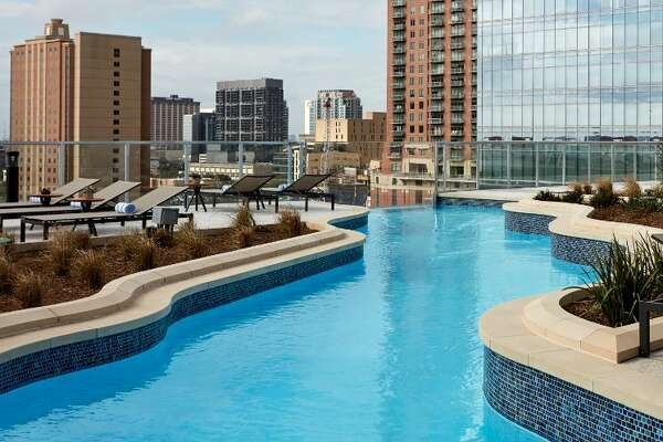 The Texas-shaped lazy river pool at Marriott Marquis Houston.