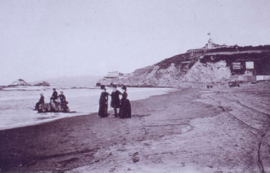 1880s: Even in the mid-19th century, a pleasurable San Francisco outing was a day trip to Ocean Beach. Photo: Western Neighborhoods Project