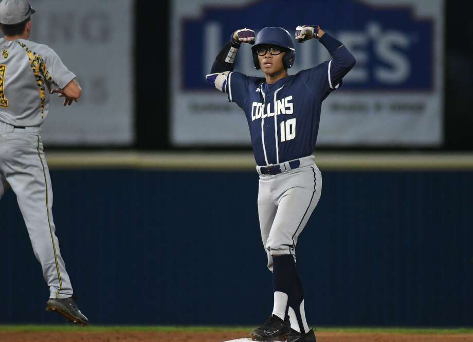 Klein Collins leftfielder Reji Cubillo flexes for his teammates after doubling off the wall in the bottom of the third inning against Klein Oak pitcher Billy Brown during their District 15-6A matchup at KCHS on April 9, 2019. Photo: Jerry Baker, Houston Chronicle / Contributor / Houston Chronicle