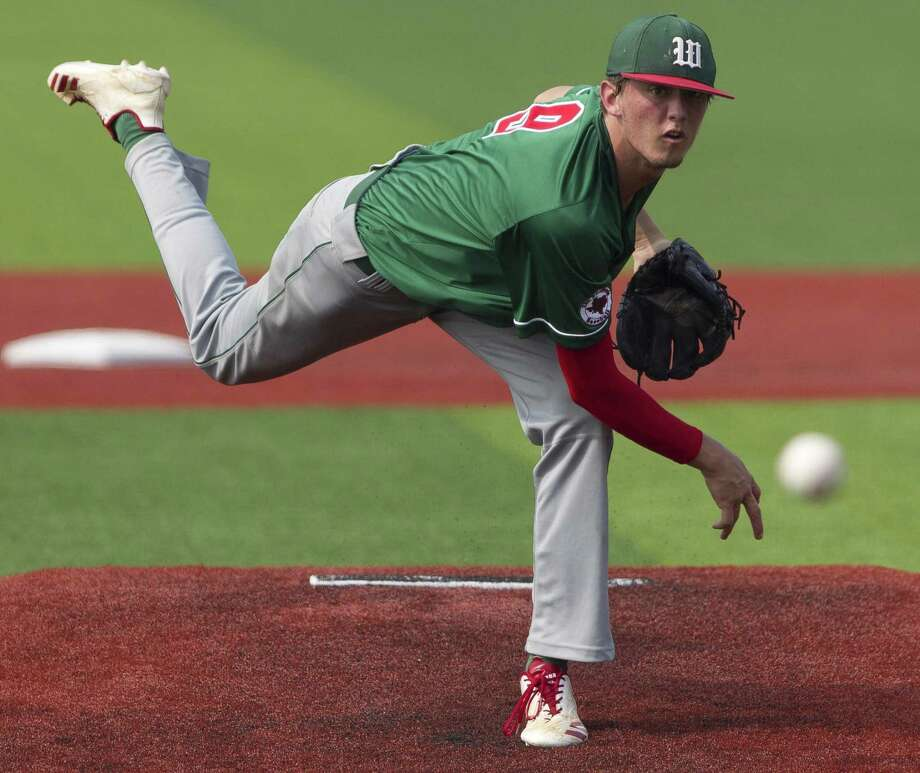 The Woodlands starting pitcher Jackson Blue (9) throws in the second inning of Game 2. Photo: Jason Fochtman, Houston Chronicle / Staff Photographer / © 2019 Houston Chronicle