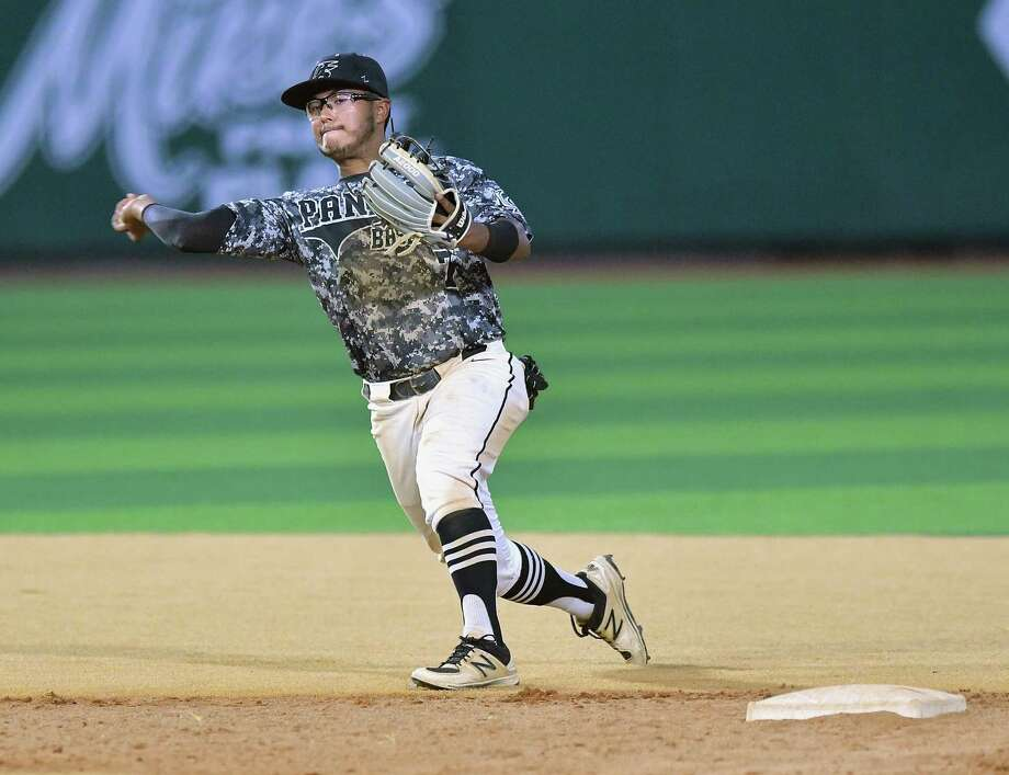 Bernardo Pedraza and United South square off with No. 5 Austin Lake Travis in the Sweet 16 Thursday at 7 p.m. in San Antonio before the teams finish their three-game series Saturday. Photo: Cuate Santos /Laredo Morning Times File / Laredo Morning Times