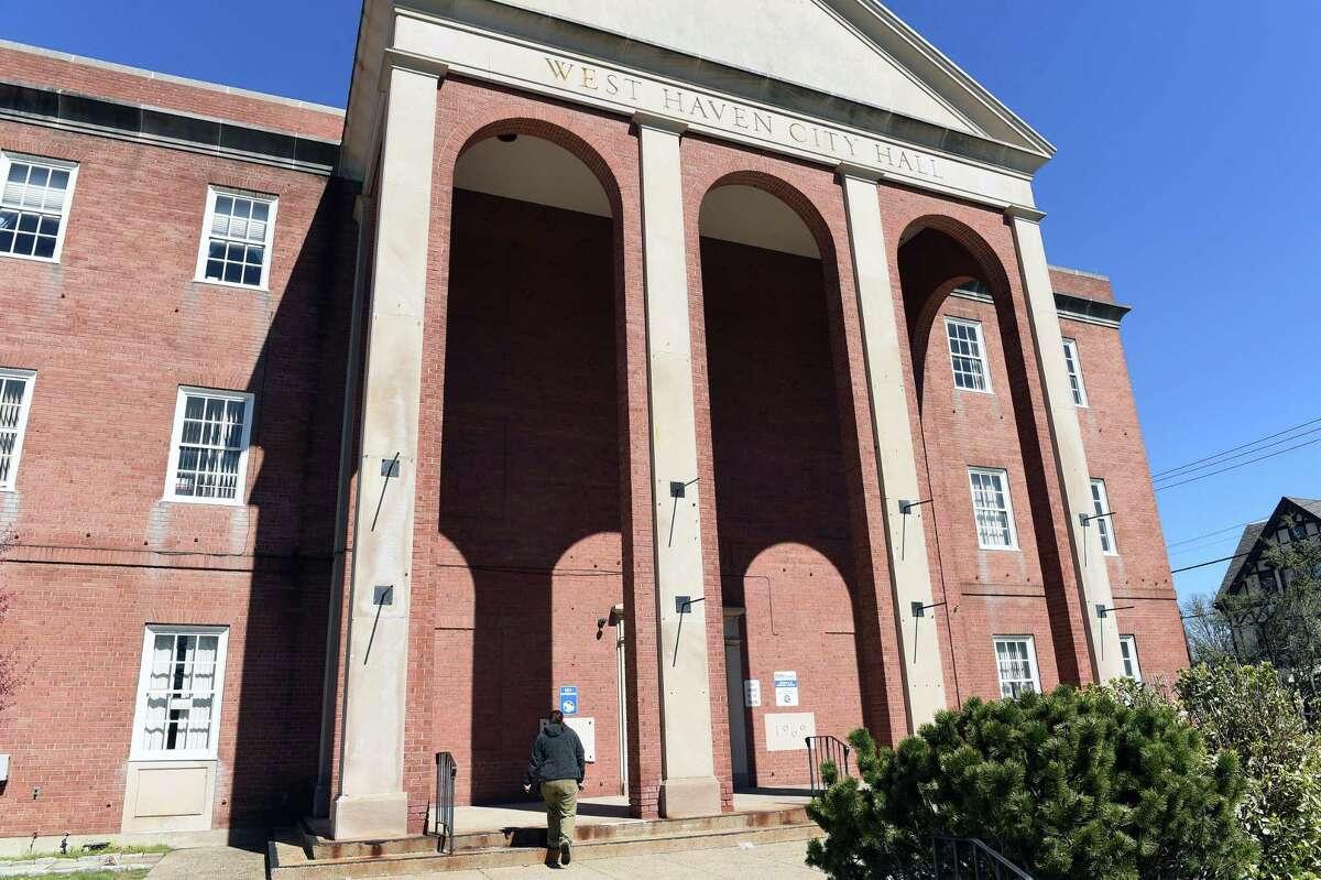 West Haven City Hall .