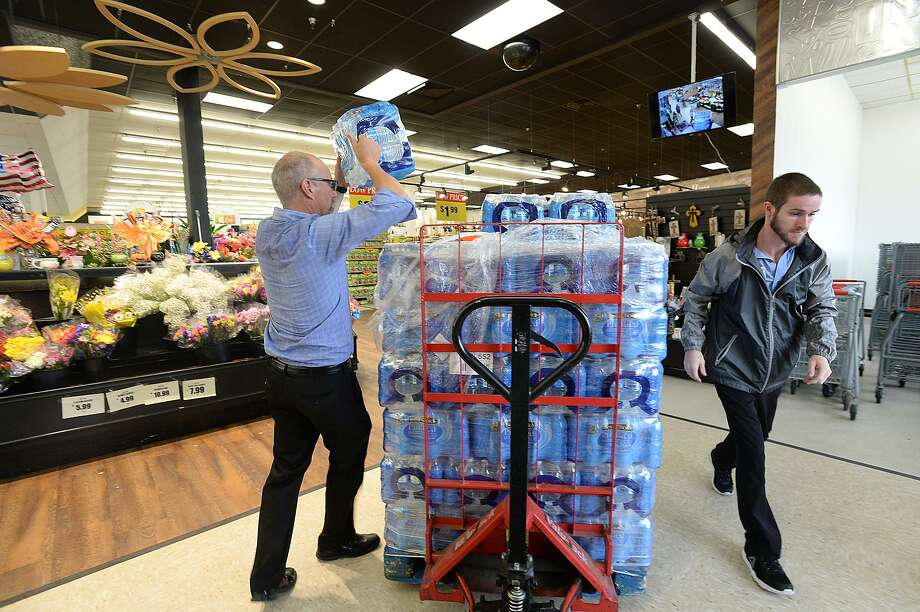 Water is in supply a Houston market as residents prepared for the 2017 arrival of Hurricane Harvey. Photo: File Photo / BEN