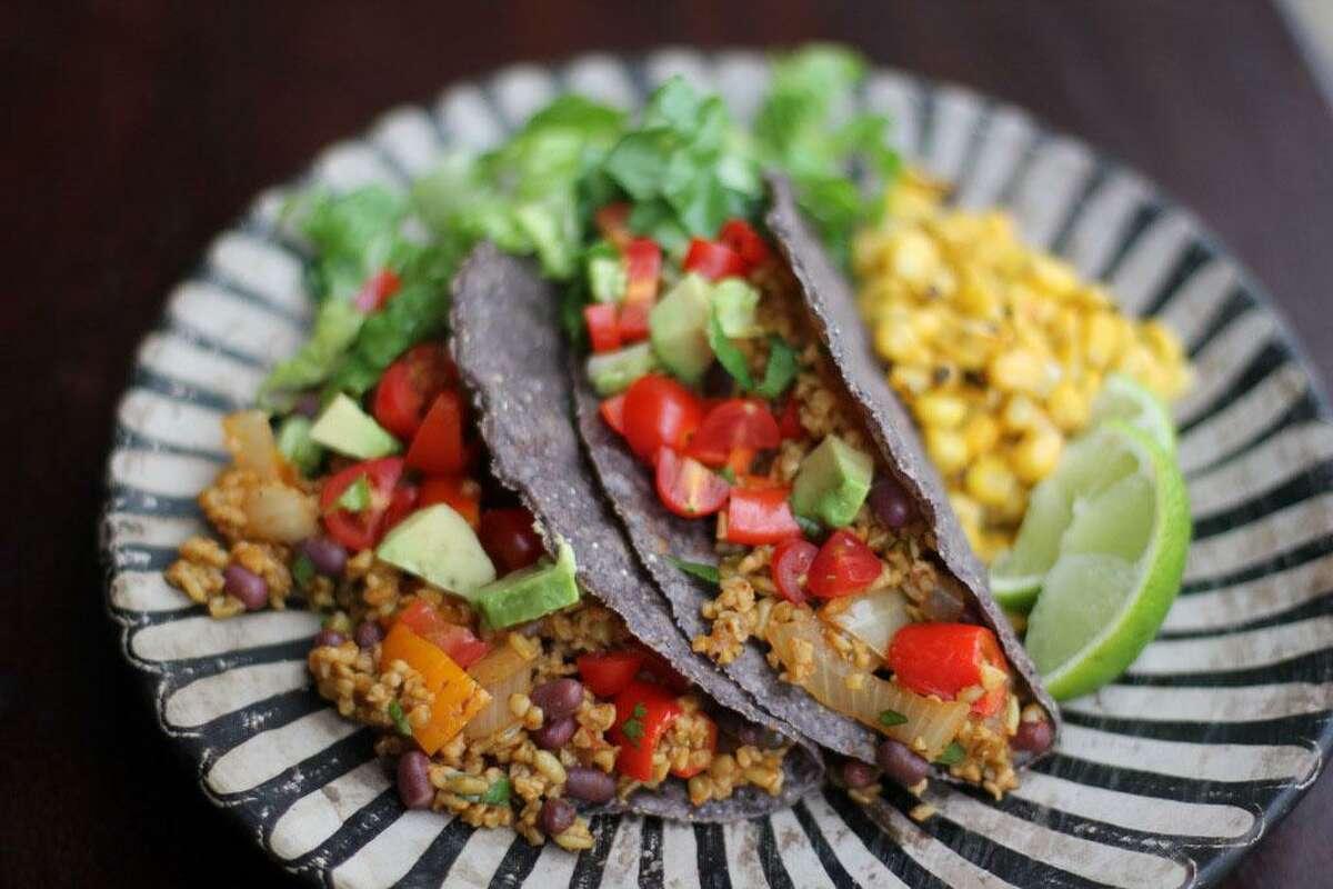 Freekehvegetarian tacos