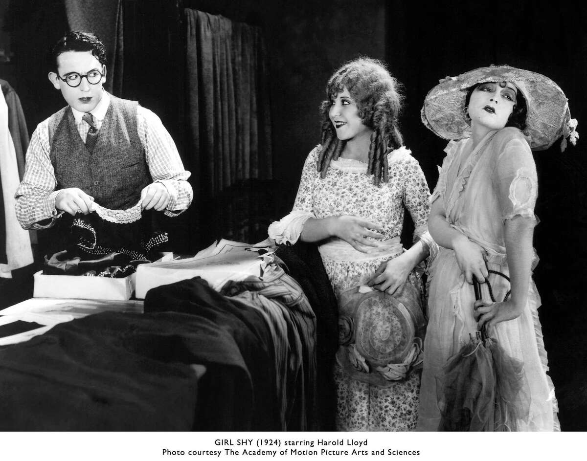 SILENT07B-B-25JUN02-PK-HO --- GIRL SHY starring Harold Lloyd. PHOTO COURTESY THE ACADEMY OF MOTION PICTURE ARTS AND SCIENCES (HANDOUT PHOTO)