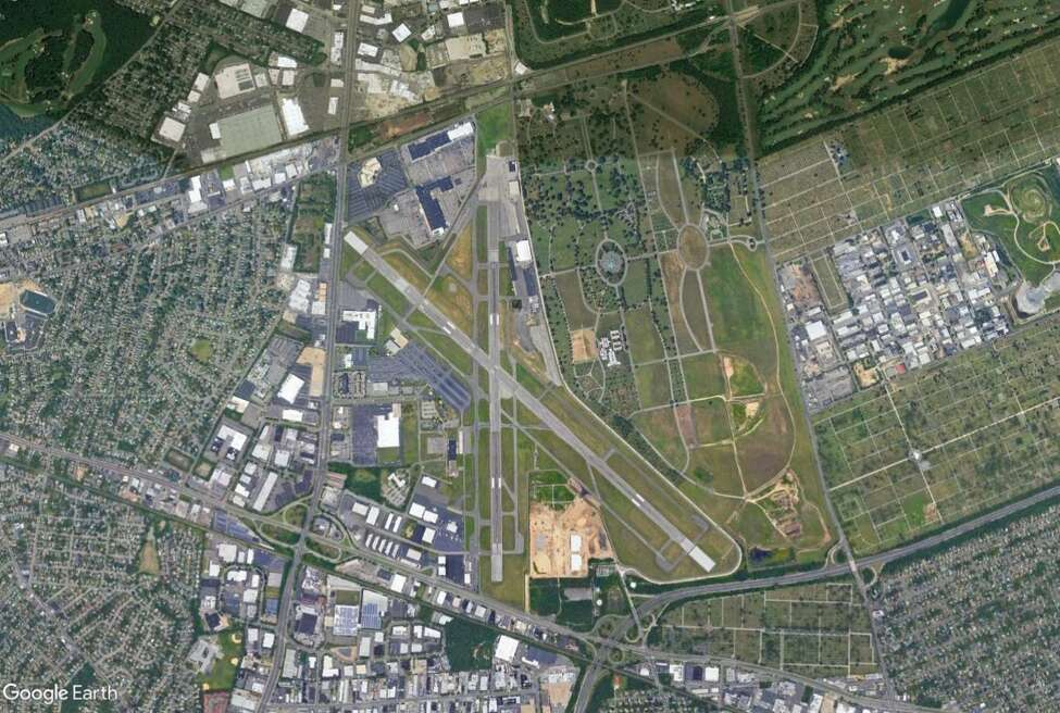 A Google Earth image of Republic Airport on Long Island.