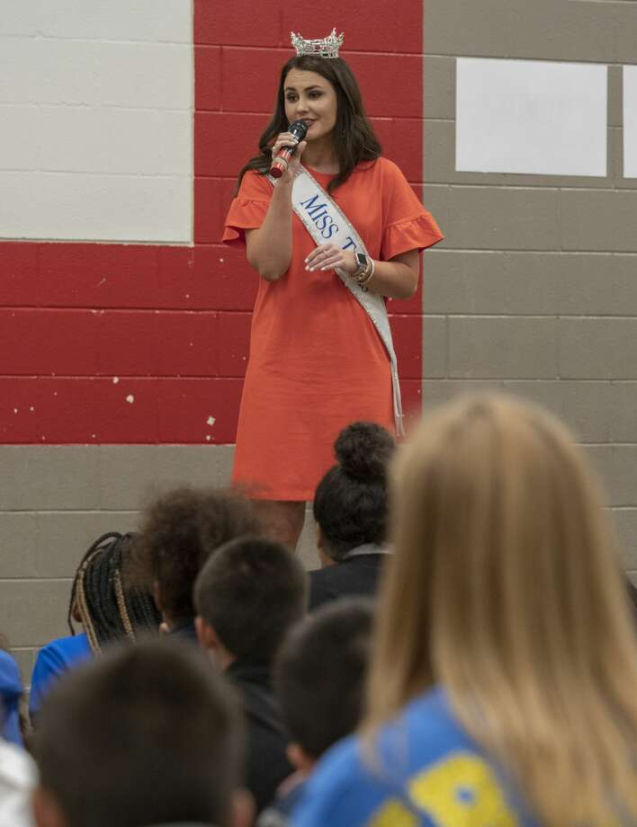 Miss Texas 2018 Madison Fuller speaks to Travis Elementary students 05/10/19 afternoon. Tim Fischer/Reporter-Telegram Photo: Tim Fischer/Midland Reporter-Telegram