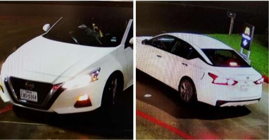 Two men are wanted for aggravated robbery after a man was stabbed in the stomach after confronting them burglarizing his vehicle at a New Caney Foodtown. Photo: Courtesy Of The Montgomery County Sheriff's Office