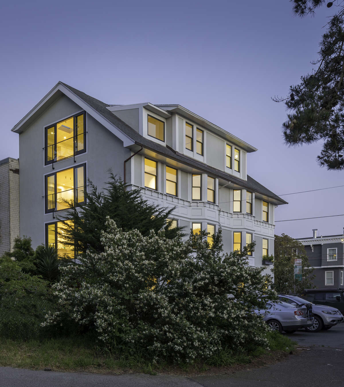 Originally built in 1911, this reimagined four-story at the edge of the Presidio in the Lake Street district now features four full-floor luxury residences.