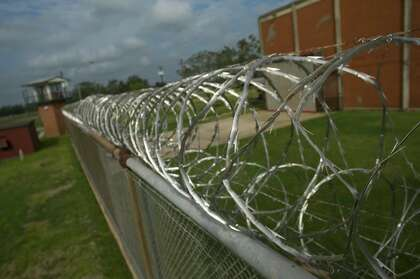 Texas prison officials roll out updated policy banning