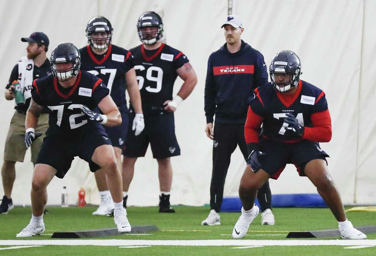 Houston Texans tackles Rick Leonard (72) and Tytus Howard (71) run a drill during rookie mini camp at The Methodist Training Center on Friday, May 10, 2019, in Houston.