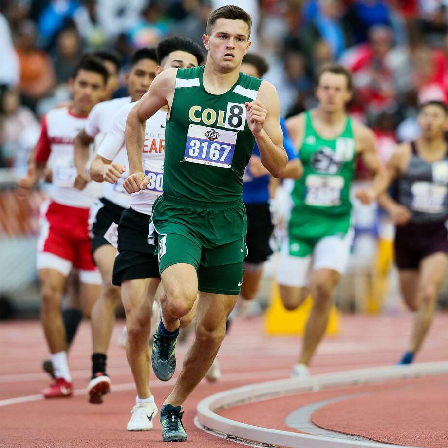 Cole's Connor Frank leads the pack at the halfway mark of the 3A boys 800-meter run during the UIL state track and field championships at Mike Myers Stadium in Austin on Friday, May 10, 2019. Frank finished second in the event with a time of 1:57.91. Photo: Marvin Pfeiffer, Staff Photographer / Express-News 2019