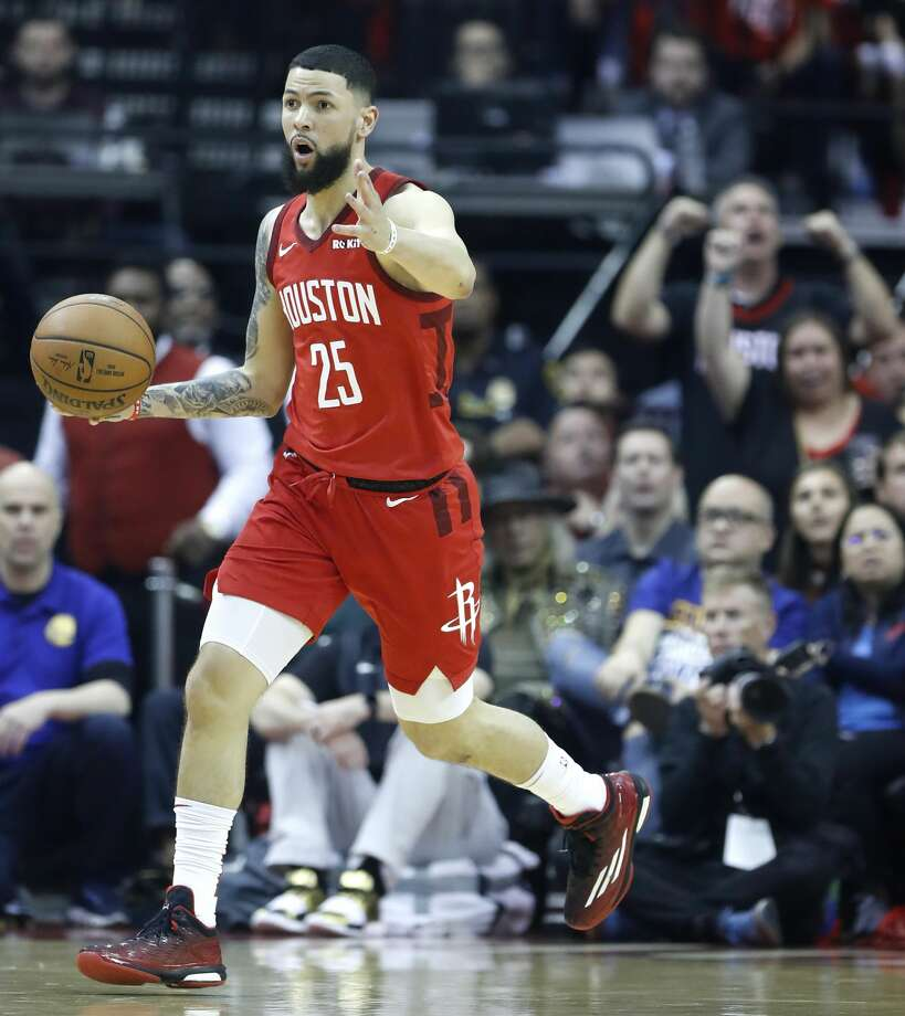Houston Rockets guard Austin Rivers (25) brings the ball upcourt against the Golden State Warriors during the first half of Game 6 of the NBA Western Conference semifinals at Toyota Center on Friday, May 10, 2019, in Houston. Photo: Karen Warren/Staff Photographer