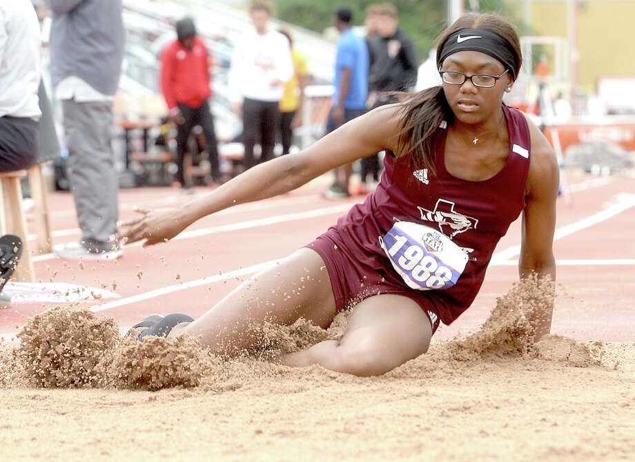 Silsbee's Honestee Holman competes in the 4A triple jump event during the track and field state championships in Austin.  Photo taken Saturday, May 11, 2019 Kim Brent/The Enterprise Photo: Kim Brent, The Enterprise / BEN