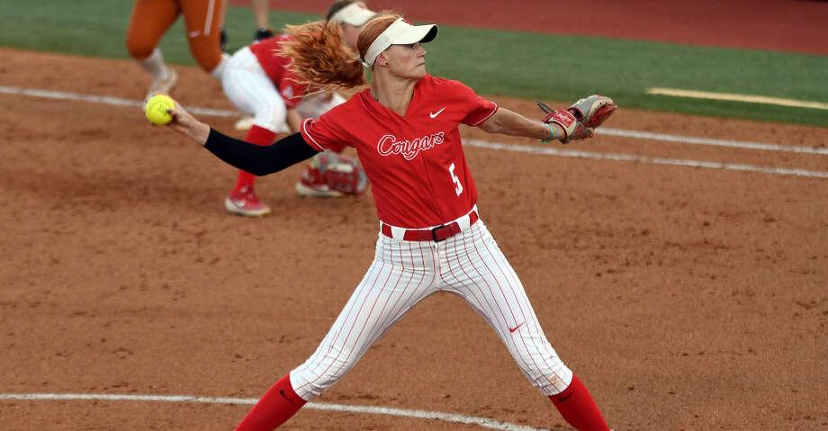 Savannah Heebner,UH softball Photo: University Of Houston Athletics