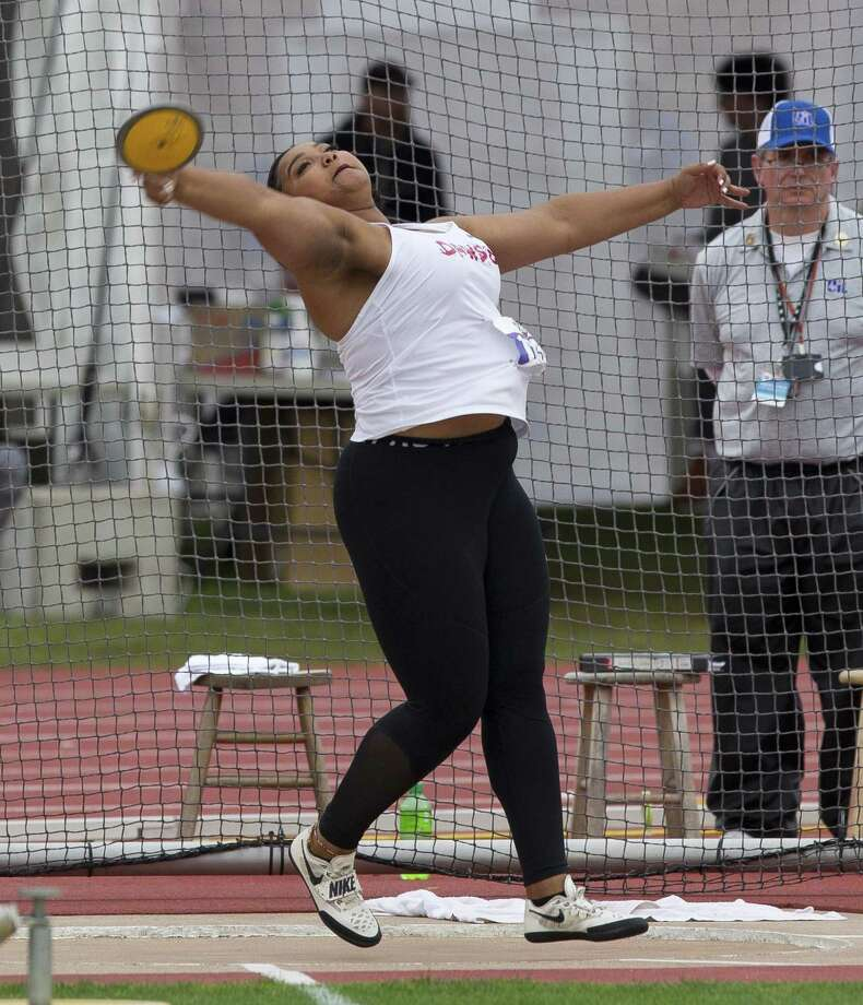 Chrystal Herpin of Pearland Dawson finished third in the discus at the UIL state track and field championships with a throw of 146 feet, 11 inches. Photo: Jason Fochtman, Houston Chronicle / Staff Photographer / © 2019 Houston Chronicle