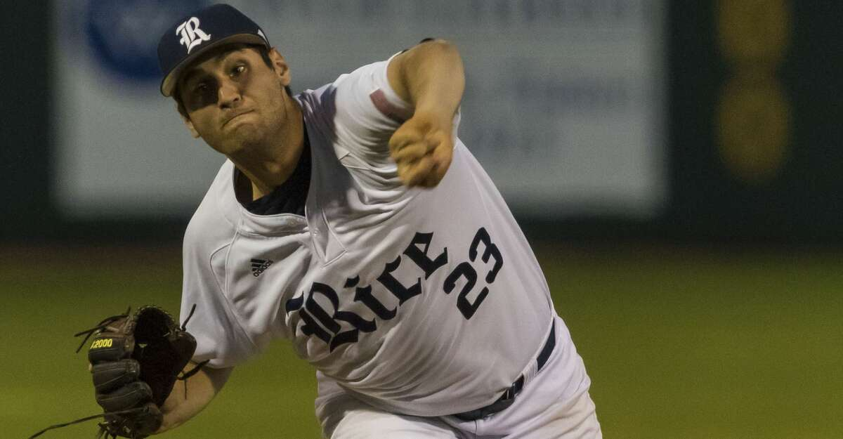 Rice pitcher Evan Kravetz (23) relieves Willy Amador during a Conference USA college baseball game at Reckling Park on Friday, Apr 27, 2018, in Houston. (Joe Buvid / For the Chronicle)