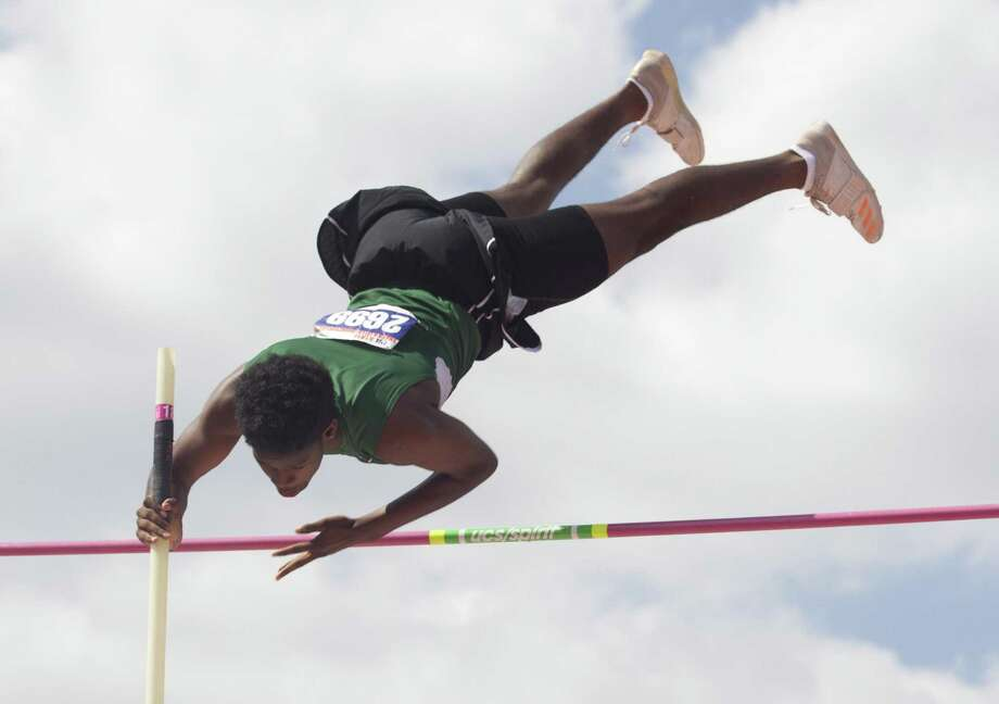 Christyan Sampy of Stratford competes in the Class 6A boys pole vault during the UIL State Track & Field Championships at Mike A. Myers Stadium, Saturday, May 12, 2018, in Austin. Photo: Jason Fochtman, Staff Photographer / Houston Chronicle / © 2018 Houston Chronicle