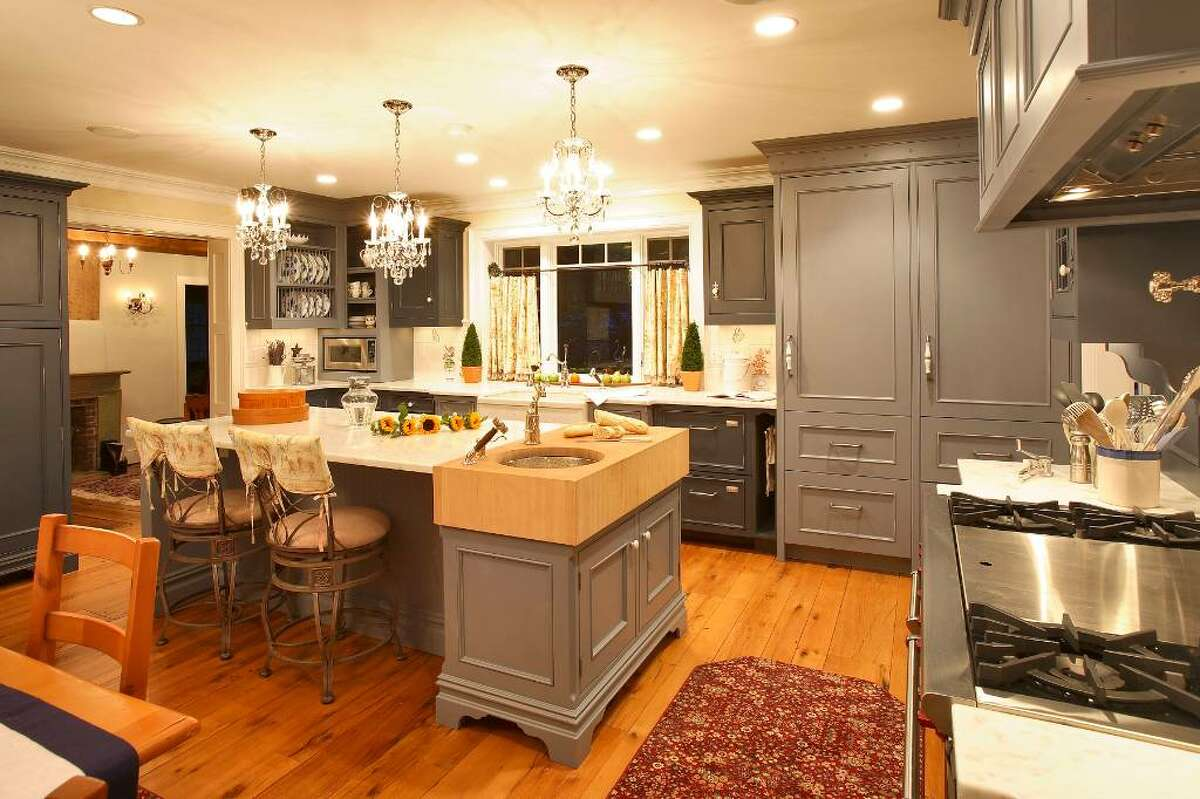 Klaff's is partnering with three U.S. manufacturers who have the automated equipment to produce high-quality, custom cabinetry that the company can sell at a low to middle price point while offering the same level of customer service.