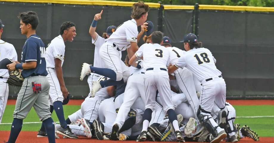 Cy Ranch beat Klein Collins 3-2 in a one-game playoff series in the Class 6A Region II area round, May 10, at Grand Oaks High School. Photo: CFISD