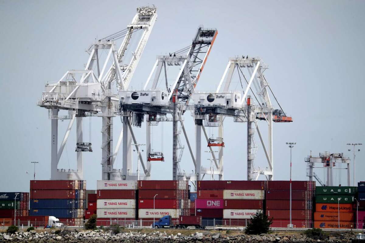 OAKLAND, CALIFORNIA - MAY 13: Containers sit in a shipping berth at the Port of Oakland on May 13, 2019 in Oakland, California. China retaliated to U.S. President Donald Trump's 25 percent tariffs on $250 billion of Chinese goods entering the United States with a 25 percent tariff on $60 billion of U.S. goods entering China. The Dow Jones Industrial Average plunged over 700 points on the news in morning trading. (Photo by Justin Sullivan/Getty Images)