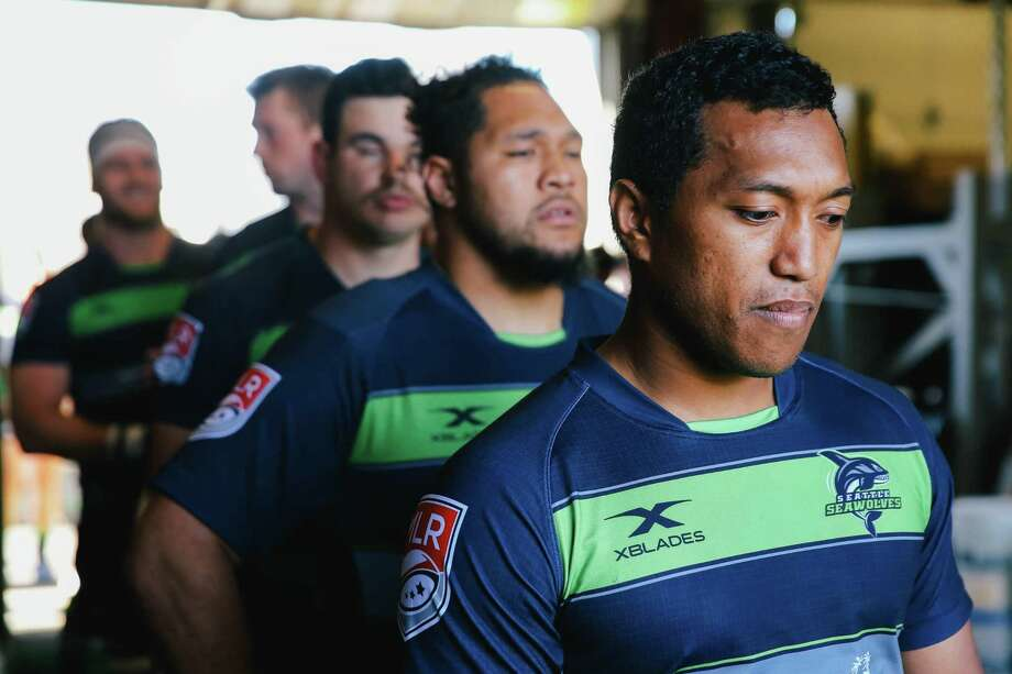 Shalom Suniula leads the Seawolves out onto the field before their game against the San Diego Legion at Starfire Sports, March 31, 2019. Photo: Genna Martin, SEATTLEPI / GENNA MARTIN