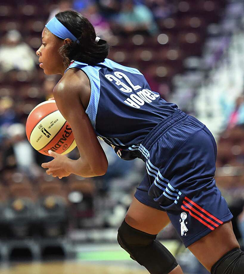 Bria Holmes got her start in the WNBA for the Atlanta Dream. On Monday, she mader her debut as a member of the Connecticut Sun in a preseason win over New York. Photo: Catherine Avalone / Hearst Connecticut Media File Photo / New Haven RegisterThe Middletown Press