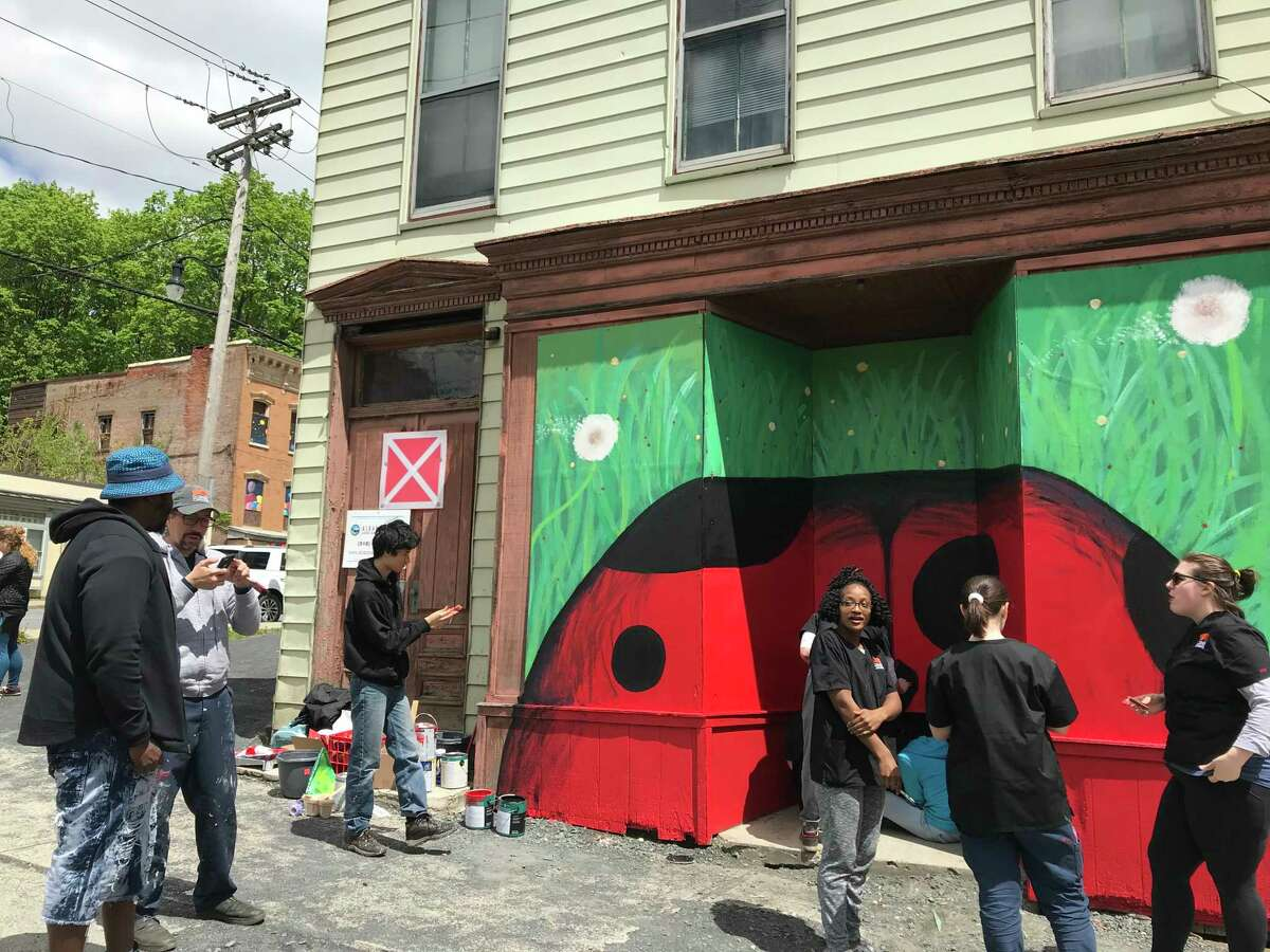 A Corner Canvas mural at 337 Clinton Ave. (photo by Amy Biancolli)