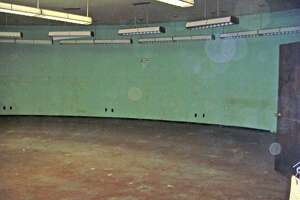 WSDOT's caption:At the doorway to the main room, looking to the right. That door you see leads into a makeshift office created when the shelter functioned as a licensing office from 1963 to 1977.