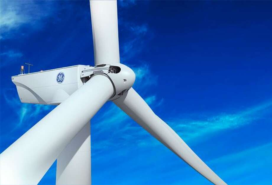The state House of Representatives voted in favor of a measure that would make Connecticut a reliable customer of electricity produced by offshore wind turbines. Photo: File Photo