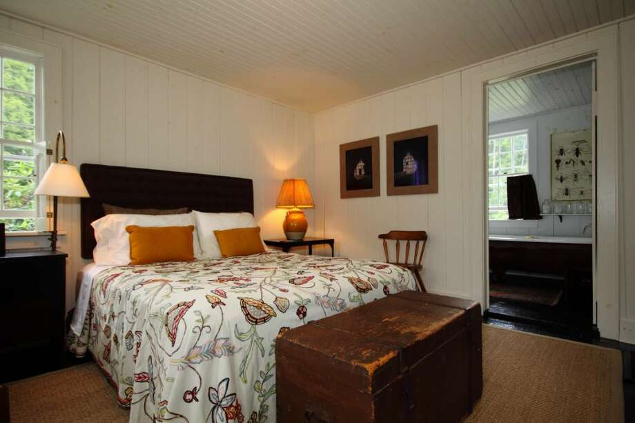 Designer Shawn Henderson's getaway cottage. (Nancy Bruno / Life at Home) Photo: Photos By Nancy Bruno / Times Union/Life@Home magazine August 2010