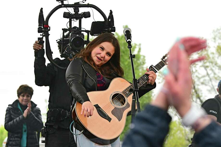 American Idol finalist Madison VanDenburg gives hometown fans in her community a live performance at The Crossings of Colonie on Tuesday, May 14, 2019 in Colonie, N.Y. The show had a production crew filming the event for the next show. (Lori Van Buren/Times Union) Photo: Lori Van Buren, Albany Times Union / 20046930A