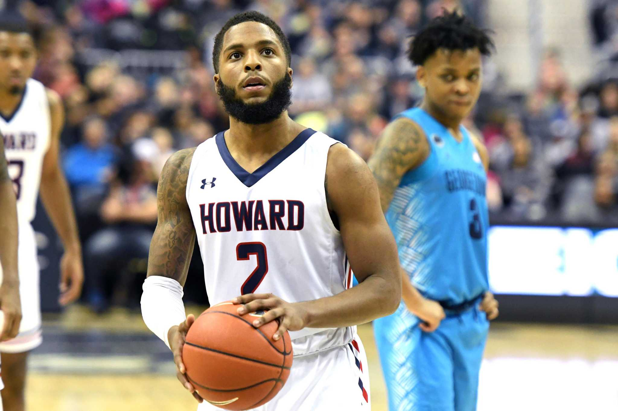 RJ Cole reminds Bob Hurley Sr. of another left-handed, high-scoring point guard he once coached