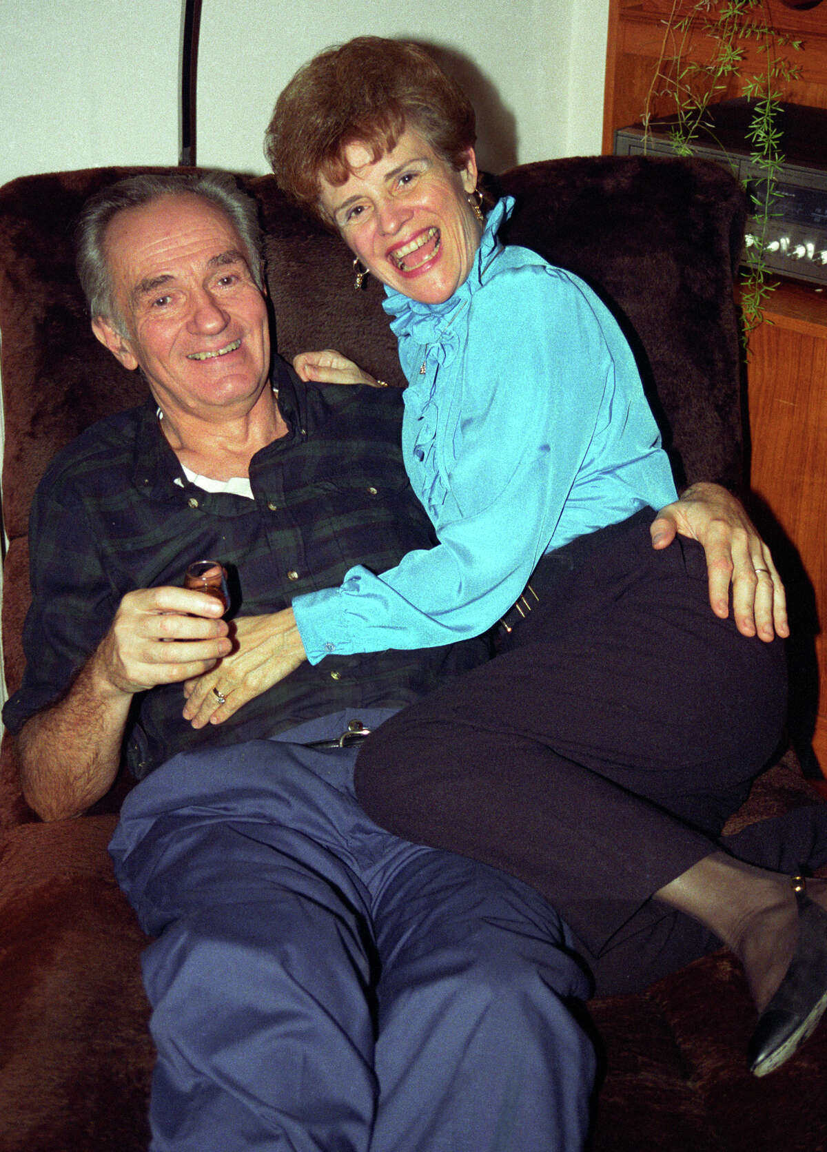 James D. Livingston and Sherry Penney died in their home in Sarasota, Florida from accidental carbon monoxide poisoning.