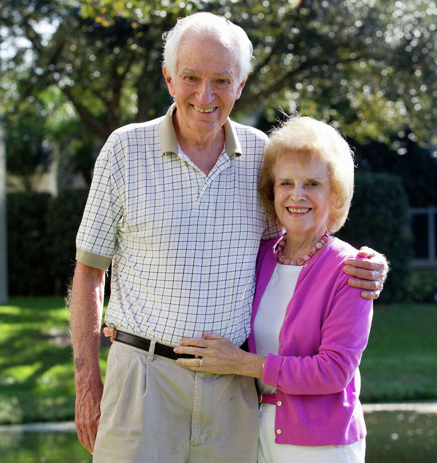 James D. Livingston and Sherry Penney died in their home in Sarasota, Florida from accidental carbon monoxide poisoning. Photo: Provided By Barbara Livingston / ©Barbara D. Livingston, easygoer78@aol.com, barbaradlivingston.photoshelter.com.These photos are for unlimited use by the B