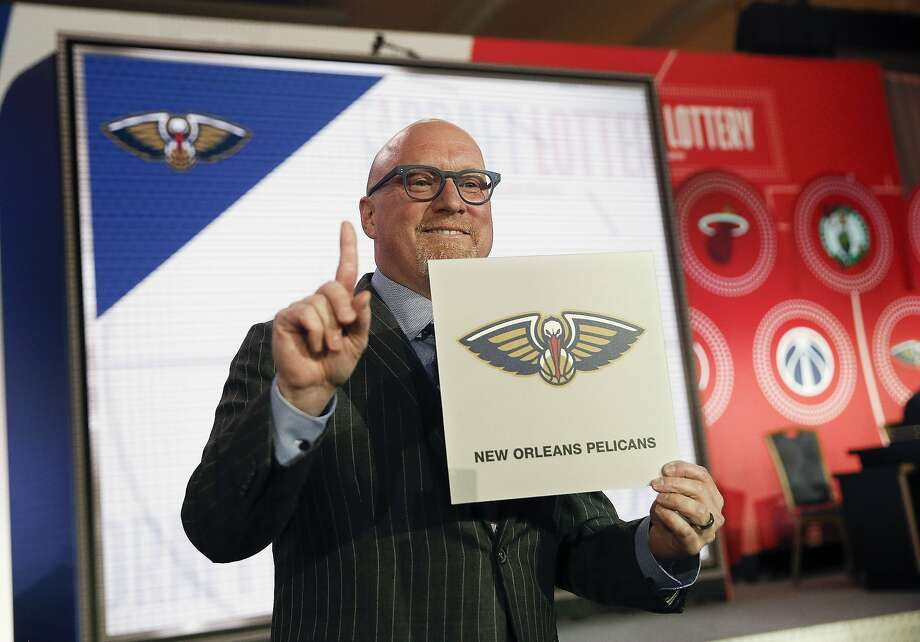 Pelicans executive David Griffin celebrates after his team won the NBA draft lottery in Chicago. Photo: Nuccio DiNuzzo / Associated Press