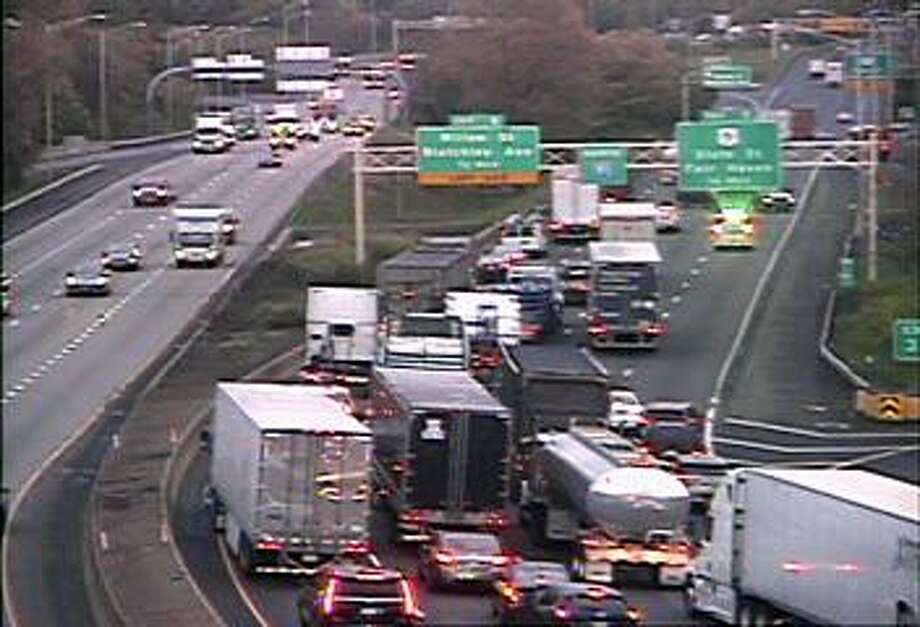 Traffic is jammed on I-91 north in New Haven near Exit 3 on Wednesday, May 15, 2019. Three right lanes are closed between Exits 3 and 5 because of a two-vehicle crash. Photo: CT DOT