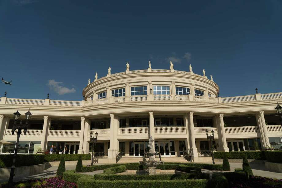 The clubhouse at Trump's prized 643-room Doral resort. Room rates, banquets, golf and overall revenue at the resort have declined since 2015. Photo: Photo By Angel Valentin For The Washington Post. / For The Washington Post
