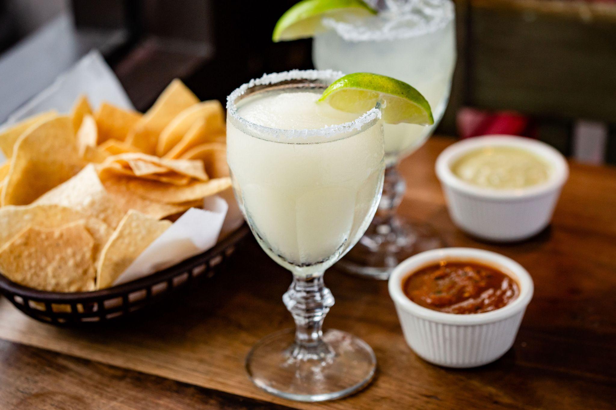 16 iconic boozy drinks in Houston