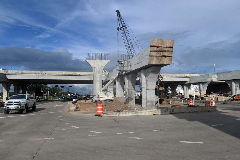 Construction continues in full swing at the intersection of Highway 290 and FM 1960 on Sept. 13, 2018. Photo: Jerry Baker, Houston Chronicle / Contributor / Houston Chronicle
