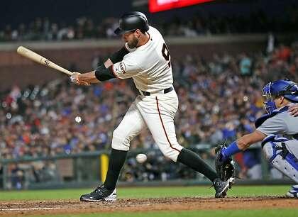 Giants hope consecutive off days will heal Brandon Belt's knee