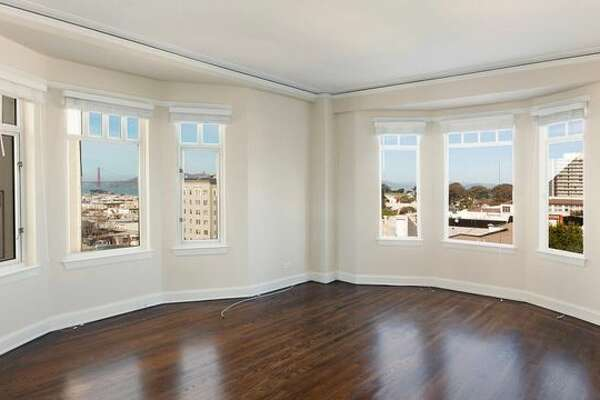 Elizabeth Holmes, the founder and former CEO of blood-testing company Theranos, left behind her apartment on Lombard Street. It's now up for rent.
