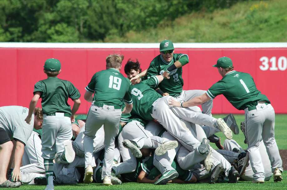 Lutheran South Academy players celebrate after defeating Fort Worth Christian, 11-1, for the TAPPS Division II state baseball championship Wednesday at Crosby High School. Photo: Kirk Sides / Staff Photographer / © 2019 Kirk Sides / Houston Chronicle
