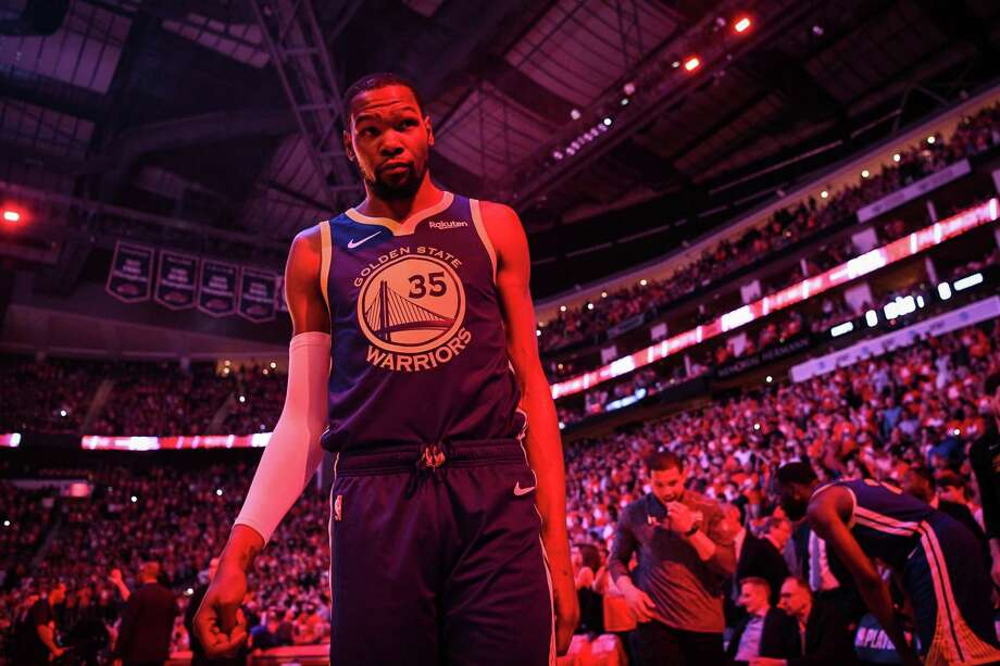 Golden State Warriors forward Kevin Durant (35) prepares for the start of game 4 of the NBA Western Conference Semifinals between the Golden State Warriors and Houston Rockets at the Toyota Center in Houston, Texas, on Monday, May 6, 2019. Photo: Loren Elliott / Special To The Chronicle / online_yes