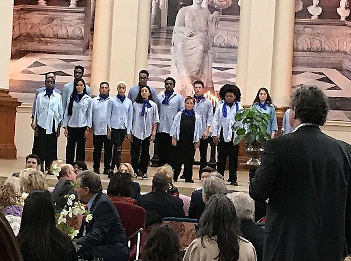 Young Musicians Choral Orchestra Choraleers at MP+D medal ceremonies